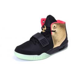 Nike Yeezy 2 черные с золотистым